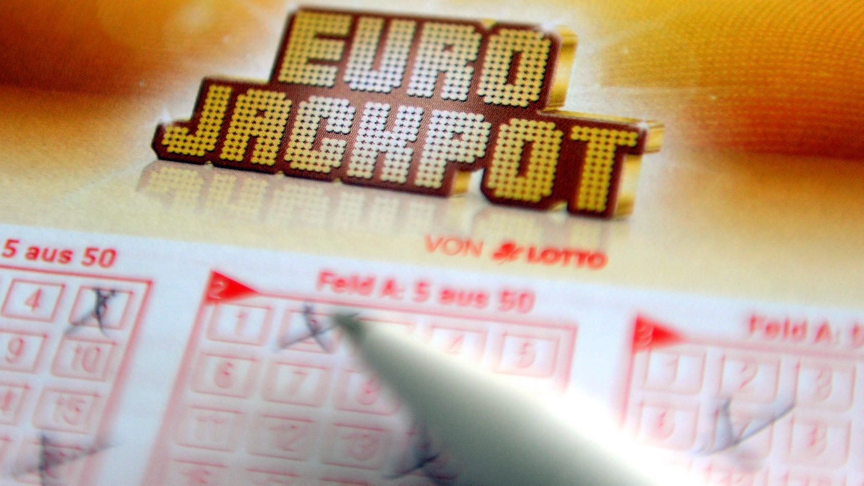 Der Eurojackpot ist aktuell mit 90 Millionen Euro gefüllt.