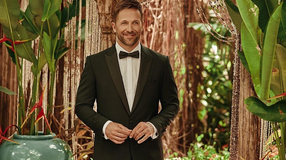 "Florian Ambrosius moderiert ""Bachelor in Paradise""."