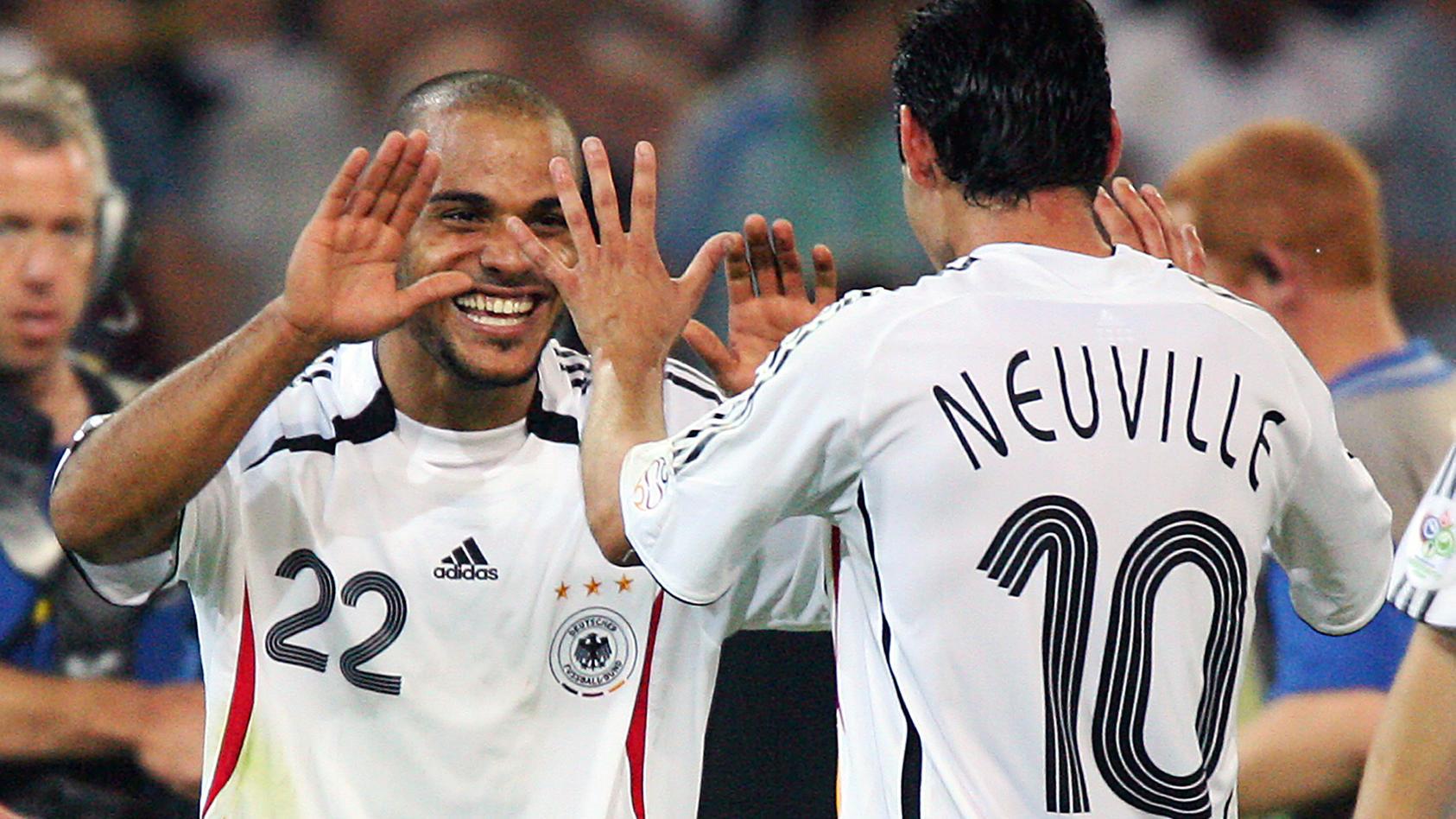 Unvergesslich: Dank einer genialen Co-Produktion von David Odonkor und Oliver Neuville gewinnt Deutschland bei der Heim-WM 2006 1:0 gegen Polen.